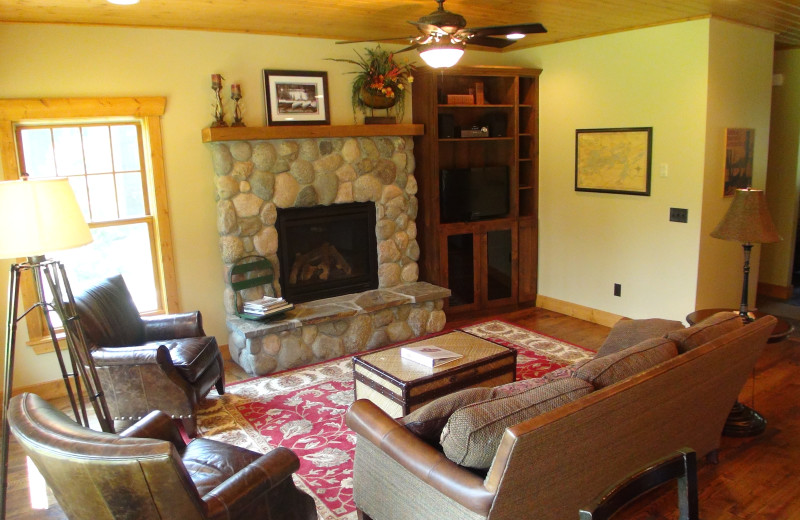 Guest living room at Boyd Lodge.