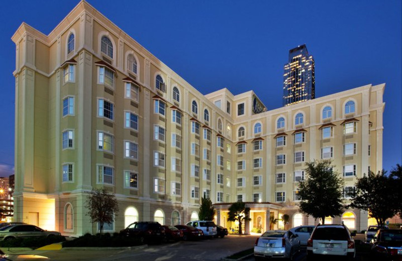Welcome to the Hotel Indigo Houston at the Galleria