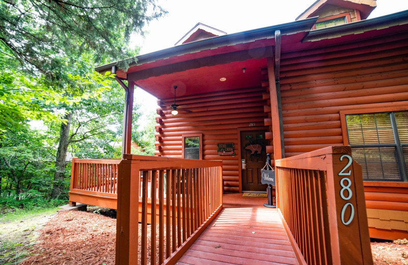 Cabin exterior at Thousand Hills Vacations.