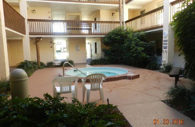 Rental hot tub at St. Augustine Beach Vacation Rentals.
