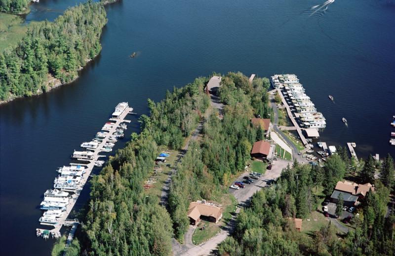 Aerial view of Rainy Lake Houseboats.