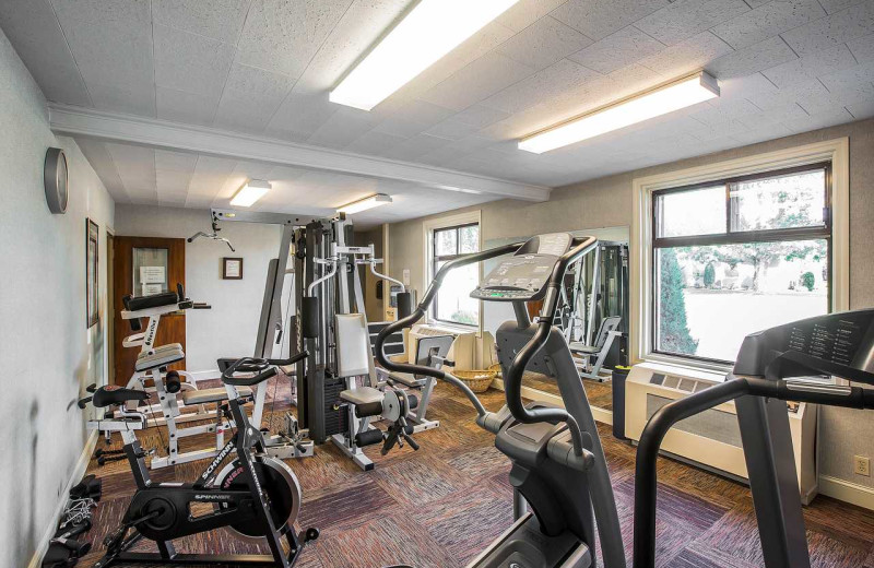 Fitness room at Gran-View On The River.