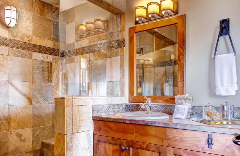 Bathroom in Luxury Rental at RentChalets