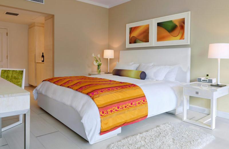 Guest room at El San Juan Hotel & Casino.