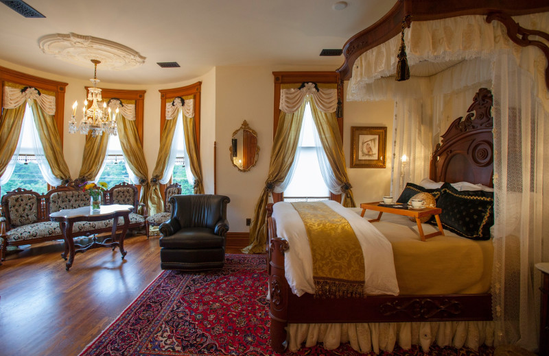 Guest room at Queen Anne Mansion and Resort.