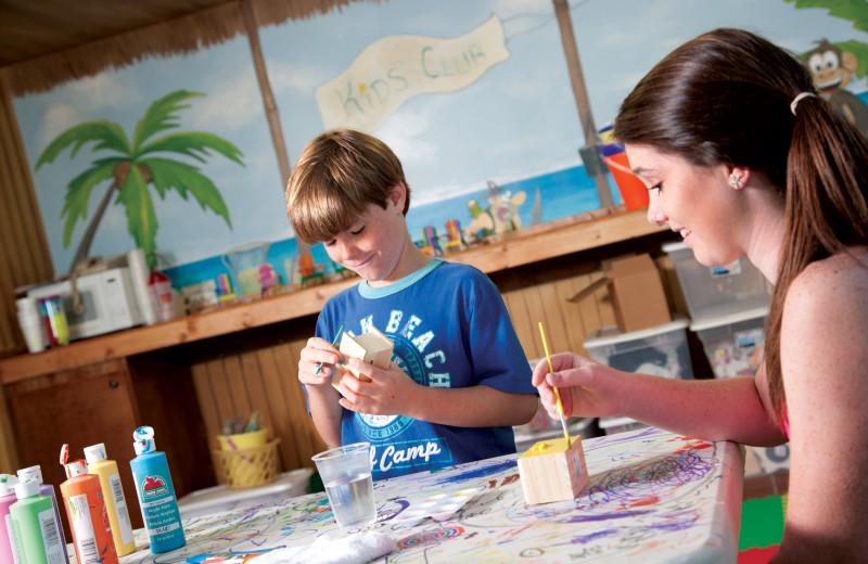 Kid's crafts at Caribbean Resort & Villas.