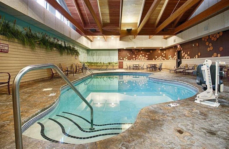 Indoor pool at Best Western Premier The Lodge on Lake Detroit.