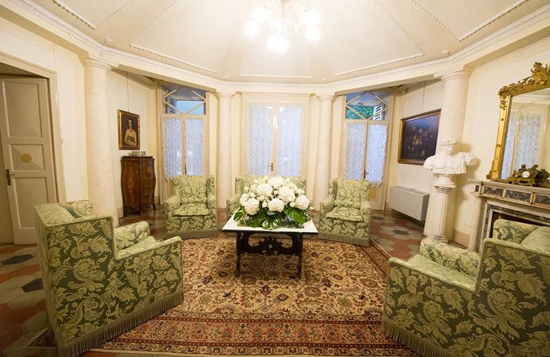 Room at Villa Tavernago.