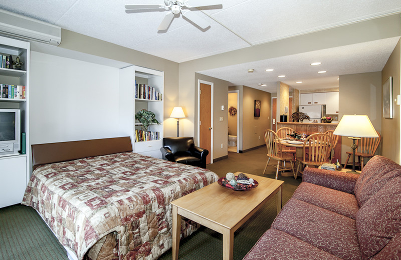 Guest room at Rivergreen Resort.