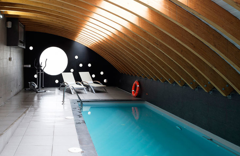 Indoor pool at Hotel Presidente Santiago.