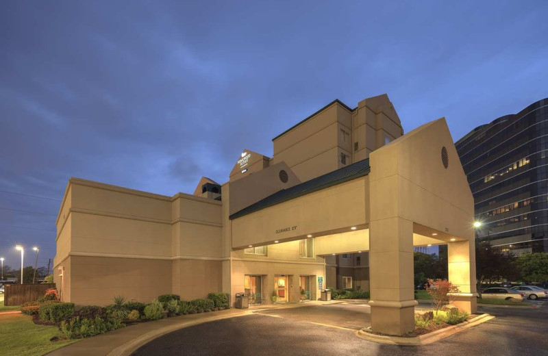 Exterior view of Homewood Suites by Hilton Dallas Market Center.