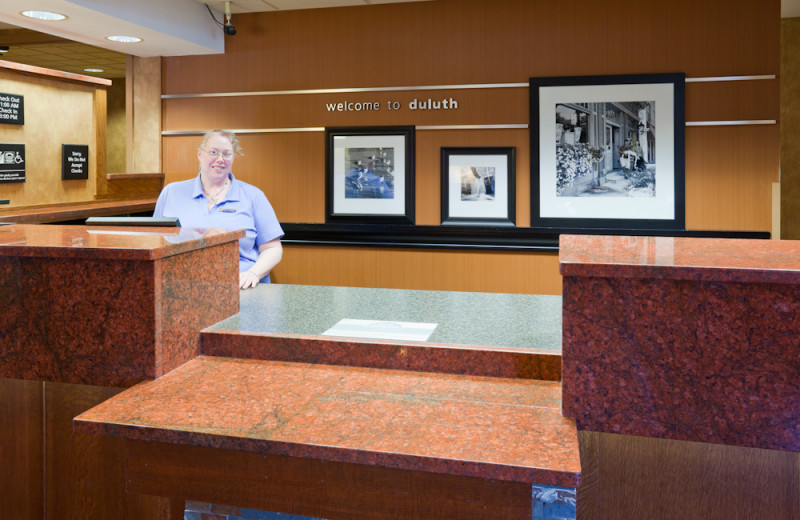 Front desk at Hampton Inn Duluth.