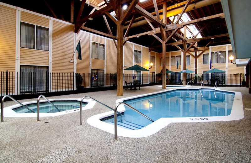 Indoor pool at Best Western Bandana Square.
