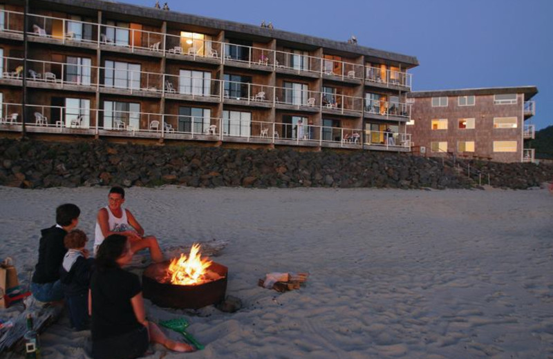Beach fire at The Tolovana Inn.