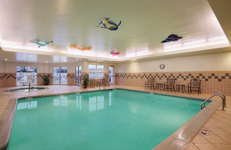 Indoor pool at Hampton Inn & Suites Outer Banks/Corolla.