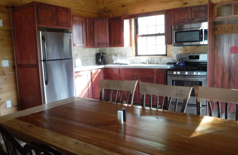 Cottage kitchen at Riverbay Adventure Inn.