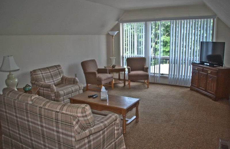 Guest living room at Sun Castle Resort Lakefront.