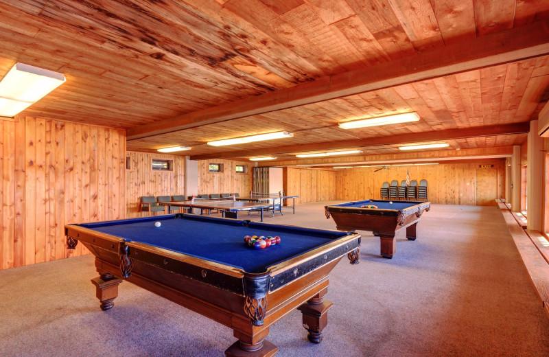 Billiards at Fair Hills Resort.