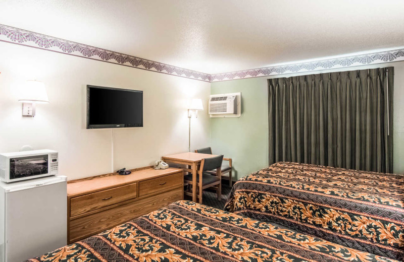 Guest room at Rodeway Inn - Fergus Falls.