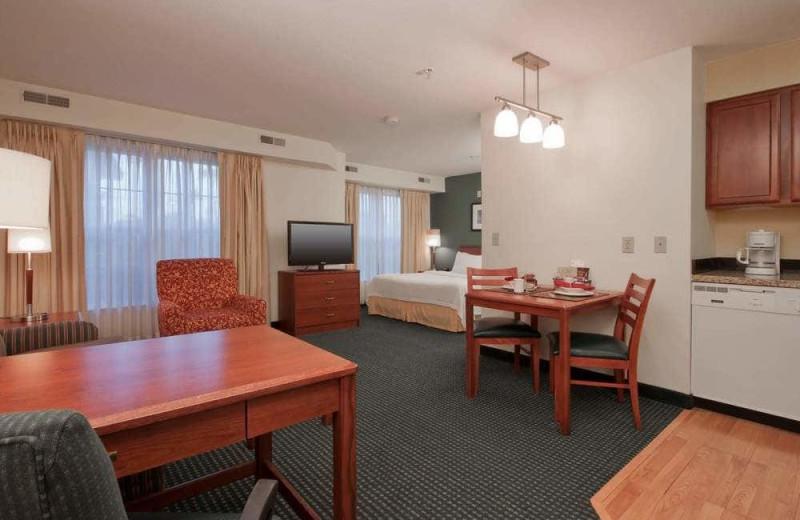 Guest room at Residence Inn Phoenix Chandler/Fashion Center.