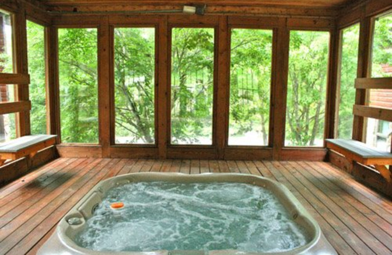 Vacation rental whirlpool at Snowshoe Properties Management.