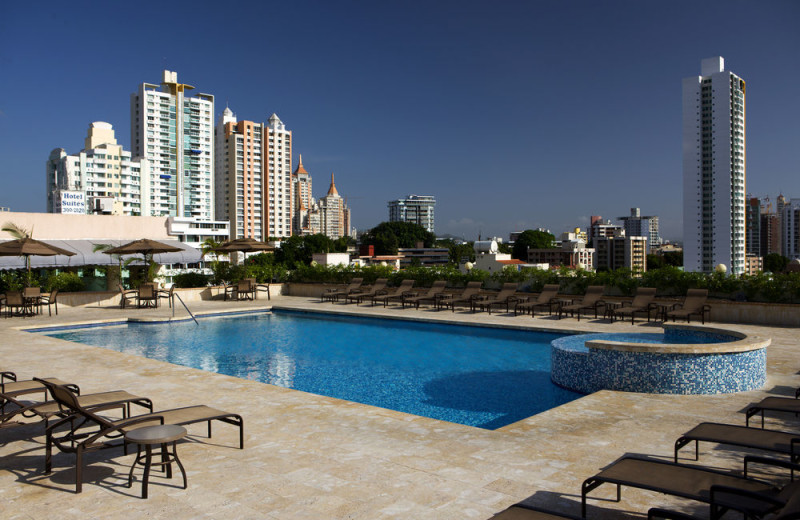 Outdoor pool at Veneto Hotel & Casino.