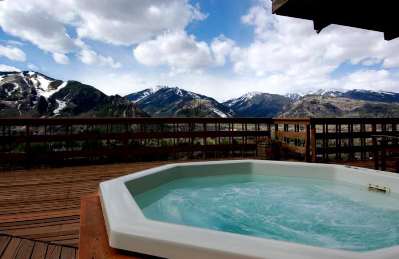 Rental hot tub at Frias Properties of Aspen - Terman House.
