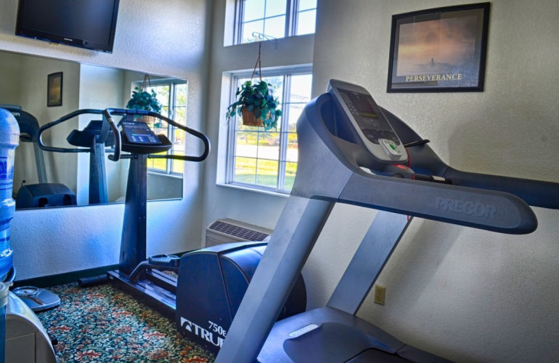 Fitness center at BridgePointe Inn & Suites.