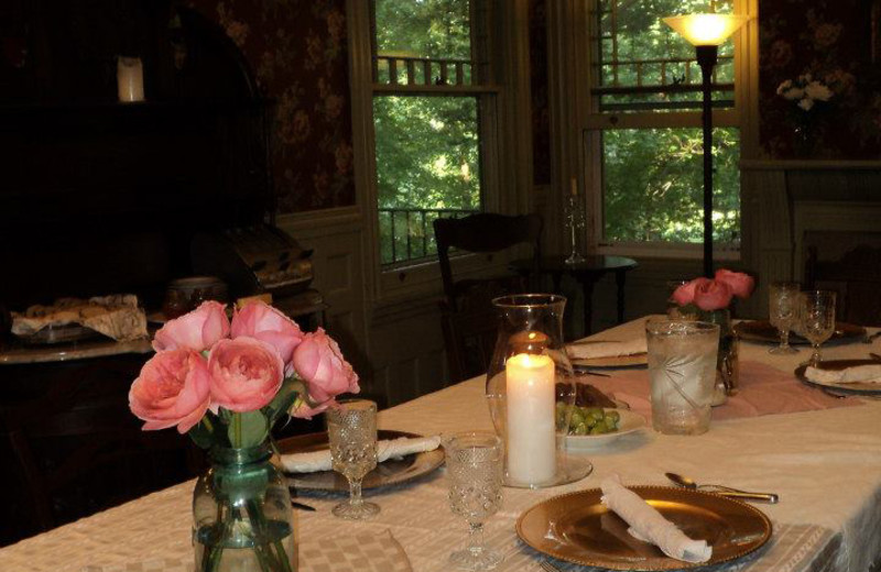 Dining room at Faunbrook Bed & Breakfast.