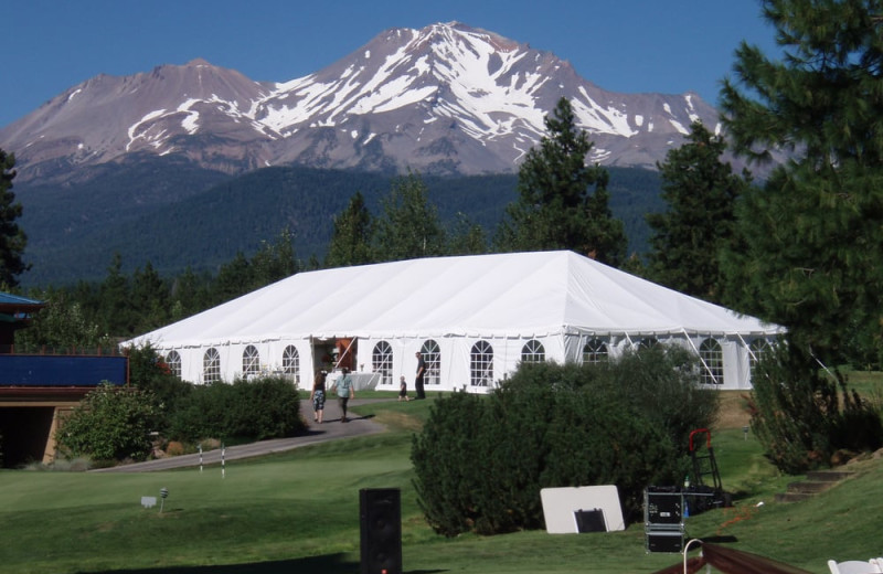 Weddings at Mount Shasta Resort.