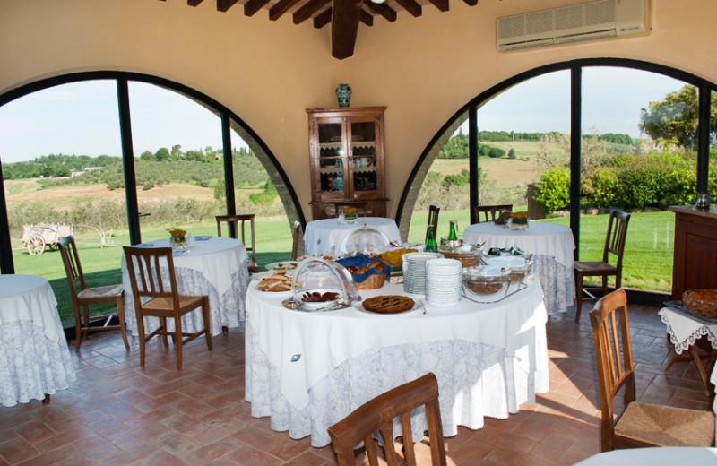 Breakfast at Podere Dionora.