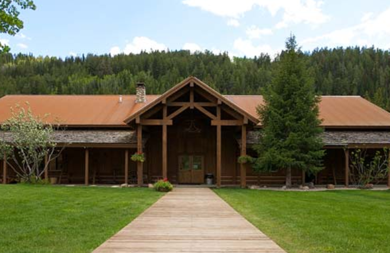 Exterior view of Moose Creek Ranch.
