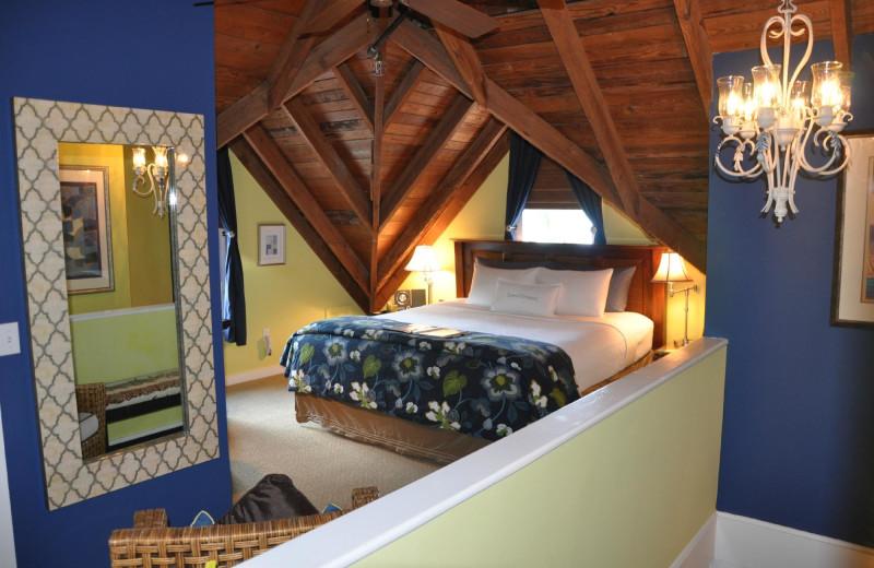 Guest room at Mermaid & Alligator Key West.
