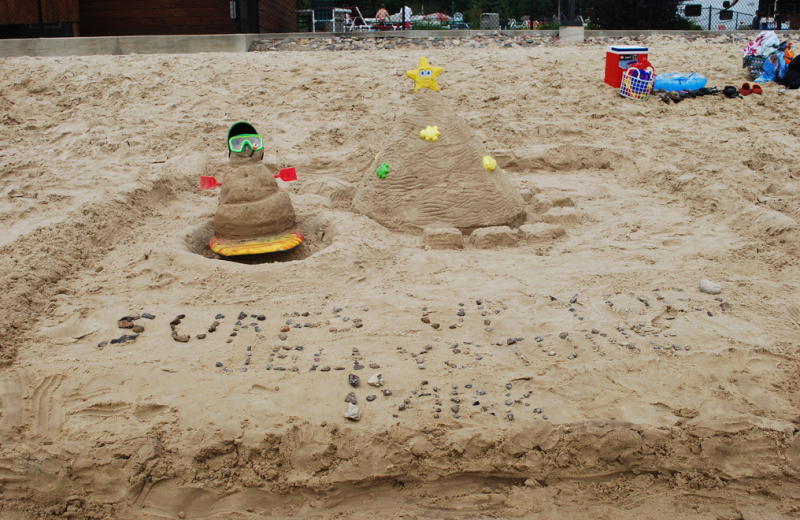 Sand sculptures at Yogi Bear's Jellystone Park Warrens.