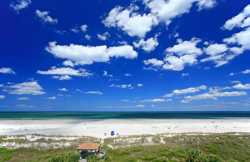 Beautiful ocean at Holiday Isle Oceanfront Resort.