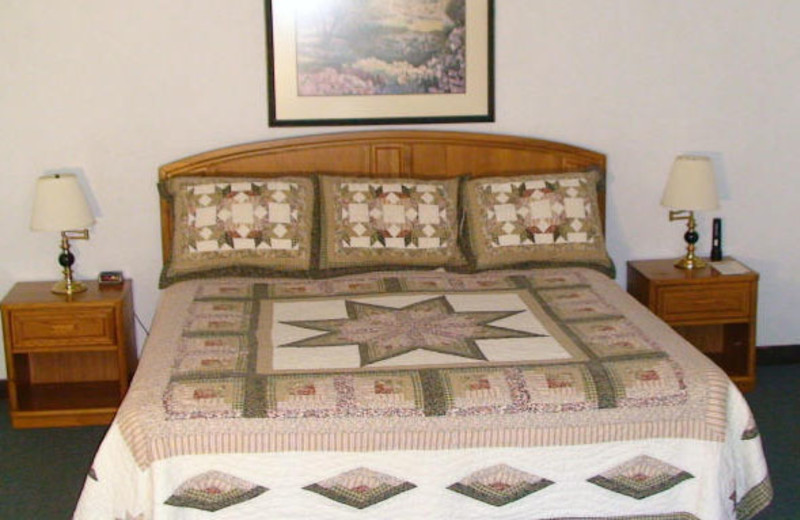 Guest Room at the Beech Mountain Inns