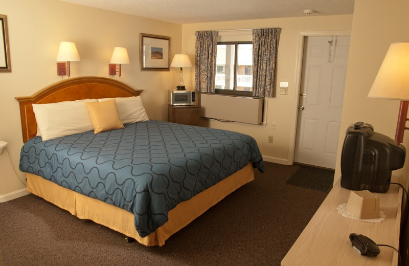 King size bedroom at Sands by the Sea.