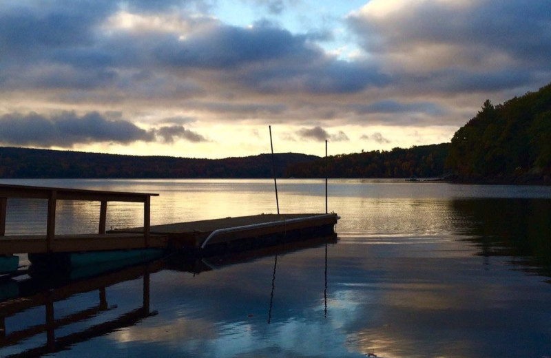 Lake sunset at Cove Haven Entertainment Resorts.