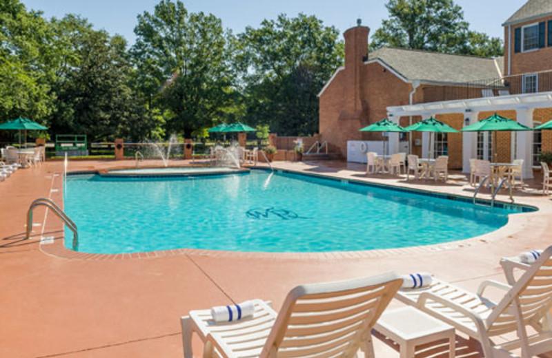 Outdoor pool at Westgate Williamsburg.