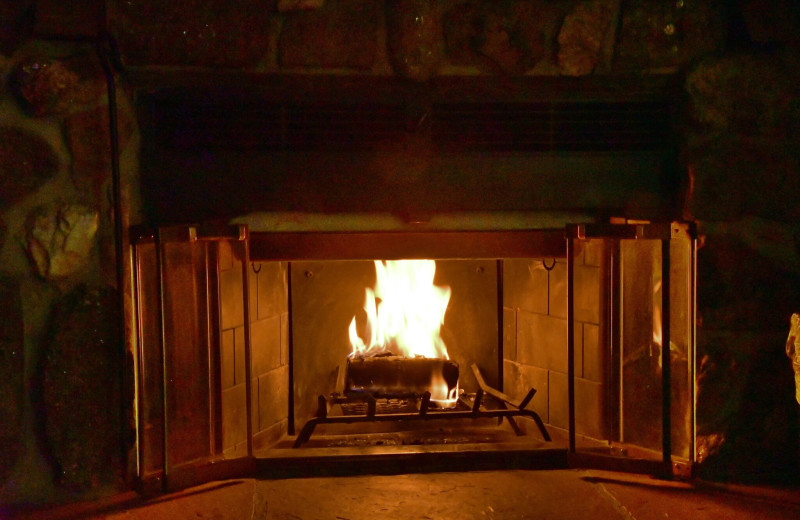 Fireplace at Murphy's River Lodge.