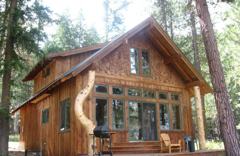 Cabin exterior at Timberline Meadows Lodges.