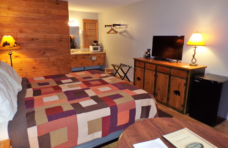 Guest room at The Lookout Lodge.