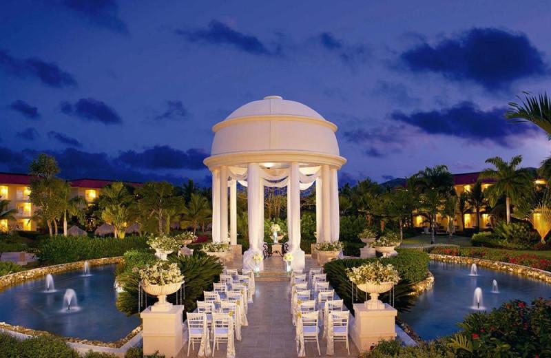 wedding at Dreams Punta Cana Resort & Spa.