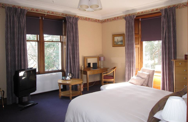 Guest room at Dalrachney Lodge.