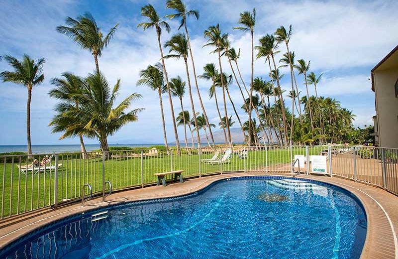 Vacation rental outdoor pool at Hale Kai O Kihei.