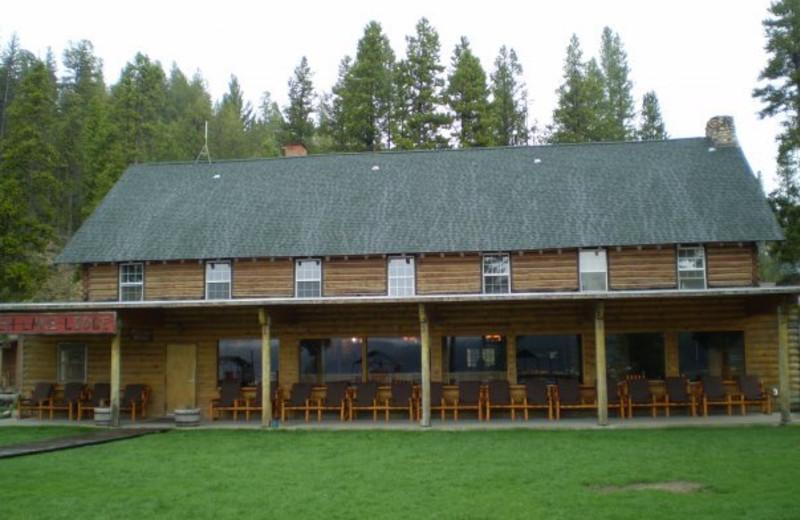 Redfish Lake Lodge exterior.