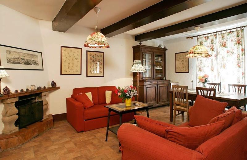 Guest room at Il Castello di S. Cristina.