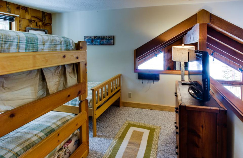 Vacation rental bunk beds at Vacasa Rentals Eagle Crest.