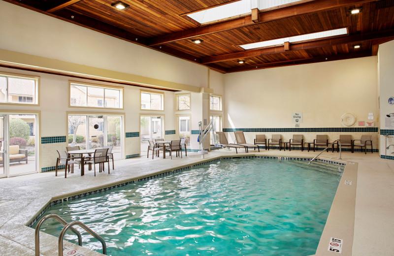 Indoor pool at Courtyard Lansing.