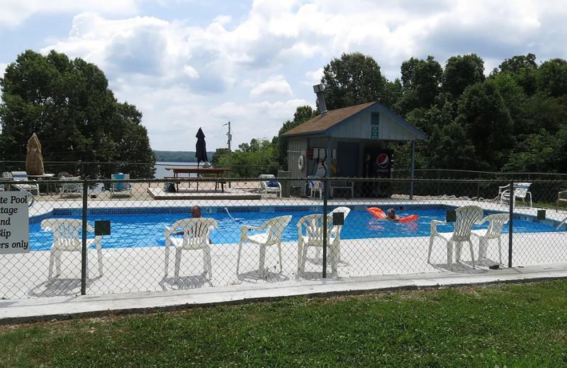 Pool at Buzzard Rock Resort and Marina.